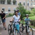 Eine Spende macht es möglich: Patienten und Pädagogen der SGKJ auf Fahrradtour
