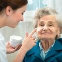 Umfassende medizinische Versorgung älterer Menschen. Foto: Fotolia