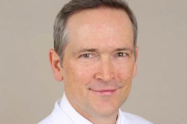 Prof. Dr. Jörn Gröne, Chefarzt der Chirurgie und Leiter des Darmzentrums im SJK.